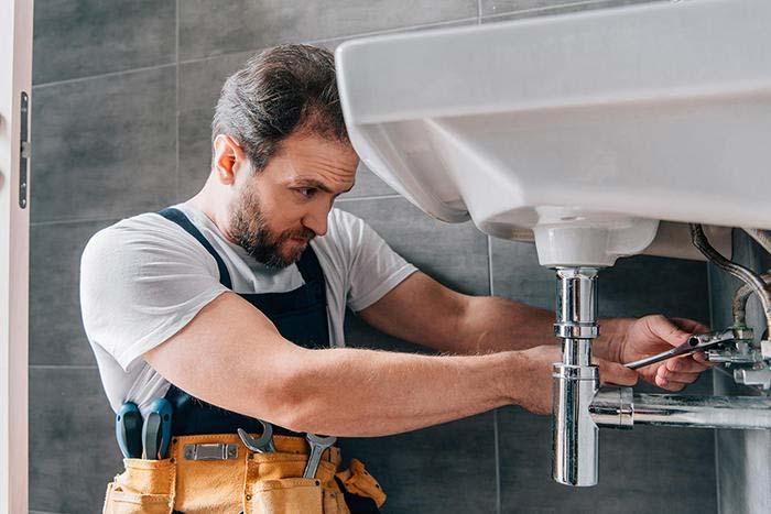 Rohrreinigung & Kanalreinigung auch am Waschbecken
